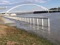 Rapídny nárast hladiny na Dunaji: VIDEO Voda zaplavila obľúbené miesto Bratislavčanov