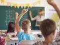 Ministerstvo školstva reaguje na návrh SaS: Z eurofondov nie je možné hradiť platy učiteľov