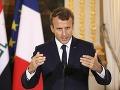 Macron šokoval: Vyjadreniami o nezamestnaných vyvolal pobúrenie, týmto prestrelil