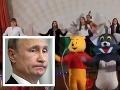 Deti oslavujú Putinove narodeniny