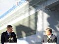 Fico a Orbán otvorili v Komárome stavbu cezhraničného mosta na Dunaji