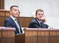 Tomáš Drucker a Peter Žiga počas mimoriadnej schôdze