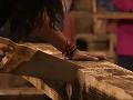Aj v pílení dreva Ivana porazila Dášu.