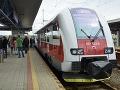 Na koniec prázdnin sú pripravené aj železnice: Posilnené a dva mimoriadne spoje