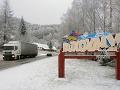 Silné sneženie na Donovaloch: Priechod uzavreli pre nákladiaky, vietor na severe krajiny