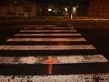 Pomôžte pri pátraní: FOTO Polícia hľadá svedkov nehody v Banskej Bystrici, zranila sa chodkyňa