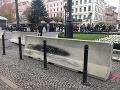 Šíri sa správa o hrozbe teroristického útoku na bratislavské vianočné trhy: Polícia v strehu