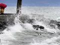 FOTO Pozor na vyčíňanie prírody, Európu zasiahli búrky: Silný vietor zabíjal!