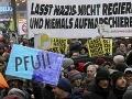 Viedeň ovládla demonštrácia proti novej vláde: Účasť pravicovej FPÖ si neprajú tisíce