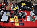 Polícia objasnila vlámačky áut: FOTO Žilinčan doma ukrýval desiatky kradnutých vecí