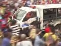 Obrovská tragédia: Auto vrazilo do skupiny školákov, deväť mŕtvych detí