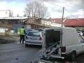 Mrazivá zrážka v Nitre na FOTO: Neskorá reakcia vodiča na sanitku si vyžiadala svoju daň