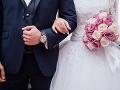 Vysnívaný sobáš sa v Poľsku zmenil na horor: Muž bodol ženícha a nevestu
