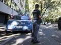 Včasný zásah talianskej polície: Zadržala muža pripravujúceho rúrkovú bombu