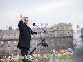 Maďarský týždenník o Orbánovi: O kresťanskej demokracii jednoducho klame