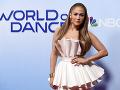 Jennifer Lopez vyzerá stále