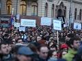 Jasné slová pre Druckera: Odvolajte Gašpara, inak budú protesty pokračovať