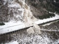 Najhoršie lavínové nešťastie v Krkonošiach: 50-tisíc ton snehu, 19 mŕtvych