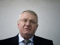 Neslávne známy Šešelj podupal chorvátsku vlajku: Delegácia zo Záhrebu ihneď opustila Srbsko