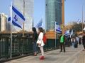 V Izraeli sa na dve minúty zastavil život: Svet si pripomína obete holokaustu