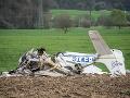 Zrážka malých lietadiel skončila tragicky: Neprežili dvaja ľudia