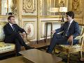 Je potrebné, aby USA zostali v Sýrii dlhšie: Macron objasňoval výrok o presviedčaní Trumpa