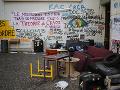 FOTO Študentom sa nepáčia kroky univerzity: Stovka nahnevaných vyšla do parížskych ulíc