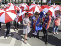 Poľským učiteľom došli nervy: FOTO Tisíce z nich vyšli do ulíc, žiadajú odchod ministerky