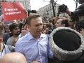 Moskva ďalej útočí na Navaľného: Do väzenia poslali jeho troch blízkych spolupracovníkov