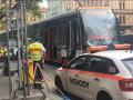 FOTO Smutná správa z Prahy: Dvoch starších mužov zrazila električka, nemali šancu na prežitie