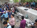 Na cestu v Indii sa zrútil nadjazd: Pod betónom zahynulo najmenej 16 ľudí