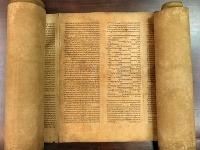 Na Bolonskej univerzite objavili najstarší zvitok Tóry na svete