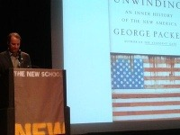 Autor George Packer odhaľuje kruté skutočnosti americkej spoločnosti