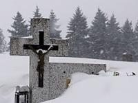 Cintorín v obci Tovarné