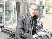 Príbeh zavraždeného policajta z redakcie charlie hebdo: roky žil v