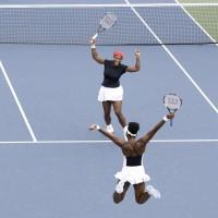 Serena a Venus Williamsové