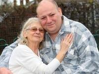 Manželia sa aj po rokoch veľmi ľúbia