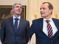 Bugár s Procházkom dostávajú od svojich voličov zabrať.