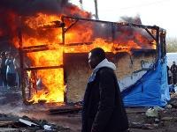 Demolácia táborov v meste Calais