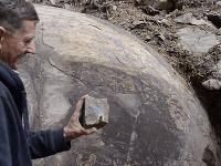 Semir Osmanagić guľu považuje za ľudský výtvor