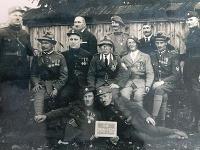 Bytčianski legionári desať rokov po vzniku ČSR.