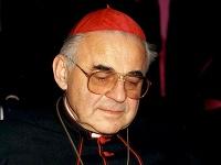 Kardinál Miloslav Vlk na archívnej fotke.