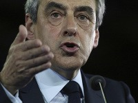 Francois Fillon sľubuje zachovanie výnimočného stavu.