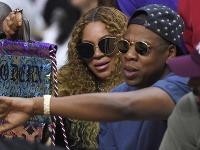 Beyoncé a Jay Z sa stali trojnásobnými rodičmi