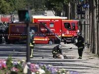 Policajná operácia v Paríži.