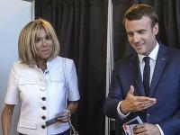 Emmanuel Macron s manželkou