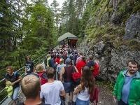 Pri návšteve Demänovskej ľadovej jaskyne si priplatíte za parkovné