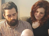 Manželia vychovávajú 1,5-ročného syna