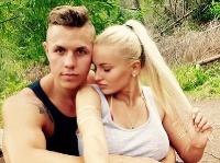 Eva Zelníková so snúbencom Matúšom.