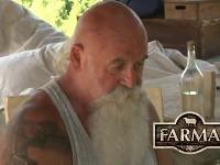Najstaršieho farmára museli ratovať záchranári.